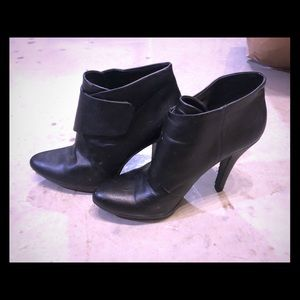 Black Nine West ankle booties, size 8